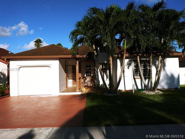 15835 SW 144th Ct, Miami, FL 33177 (MLS #A10540179) :: Stanley Rosen Group