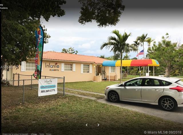 308 Central Blvd, Miami, FL 33144 (MLS #A10540217) :: Stanley Rosen Group