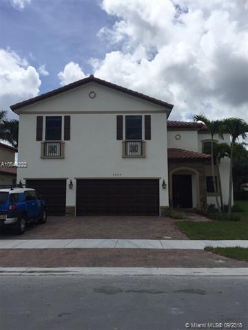 3460 SE 3 Street, Homestead, FL 33033 (MLS #A10540222) :: Stanley Rosen Group