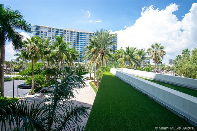 3801 S Ocean Drive 2R, Hollywood, FL 33019 (MLS #A10540433) :: Hergenrother Realty Group Miami