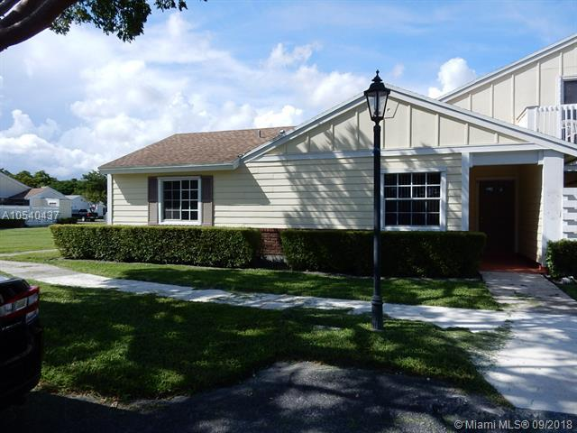 13788 SW 149th Cir Ln 4-72, Miami, FL 33186 (MLS #A10540437) :: Stanley Rosen Group