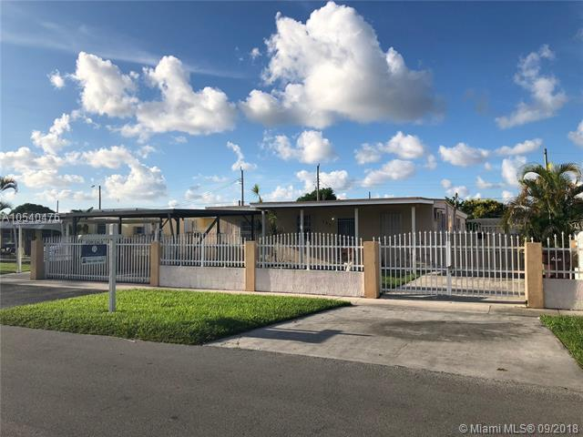 127 E 45th St, Hialeah, FL 33013 (MLS #A10540476) :: Stanley Rosen Group