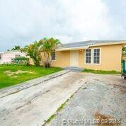 15251 SW 302nd St, Homestead, FL 33033 (MLS #A10540536) :: Hergenrother Realty Group Miami