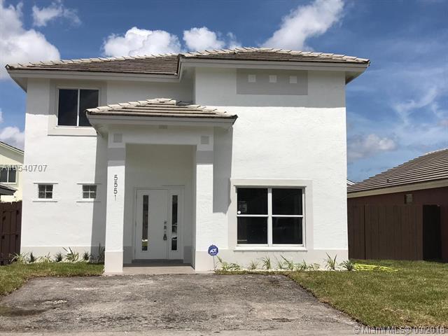 Miami Gardens, FL 33055 :: Hergenrother Realty Group Miami