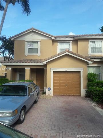 1023 NE 41st Pl, Homestead, FL 33033 (MLS #A10540751) :: Hergenrother Realty Group Miami