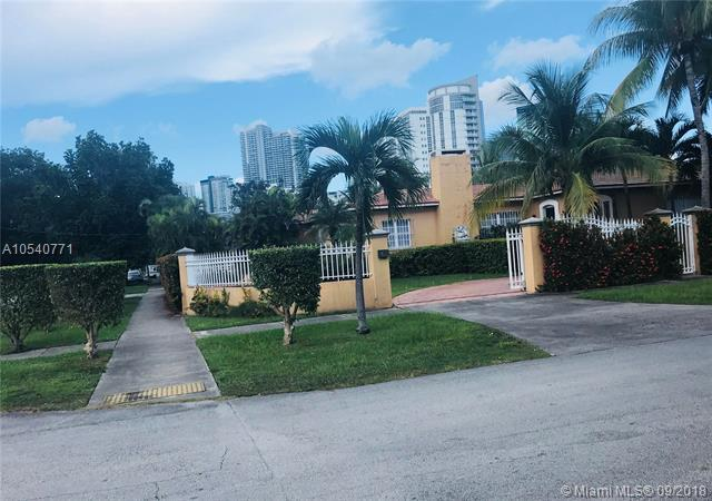 167 SW 20 RD, Miami, FL 33129 (MLS #A10540771) :: Hergenrother Realty Group Miami