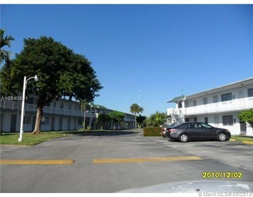 20120 NE 2nd Ave W26, Miami Gardens, FL 33179 (MLS #A10540801) :: Hergenrother Realty Group Miami