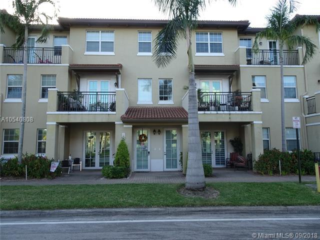 Pembroke Pines, FL 33027 :: Hergenrother Realty Group Miami