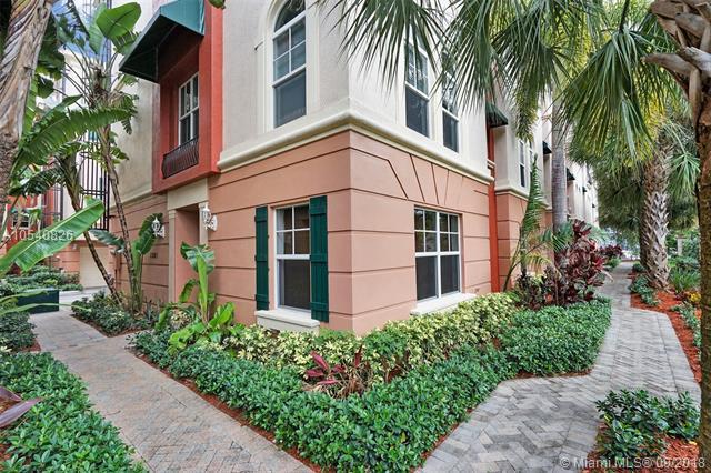 1033 NE 17th Way #1302, Fort Lauderdale, FL 33304 (MLS #A10540826) :: Green Realty Properties