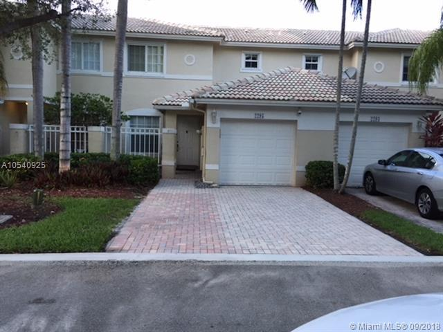 2295 NW 170th Ave, Pembroke Pines, FL 33028 (MLS #A10540925) :: Hergenrother Realty Group Miami