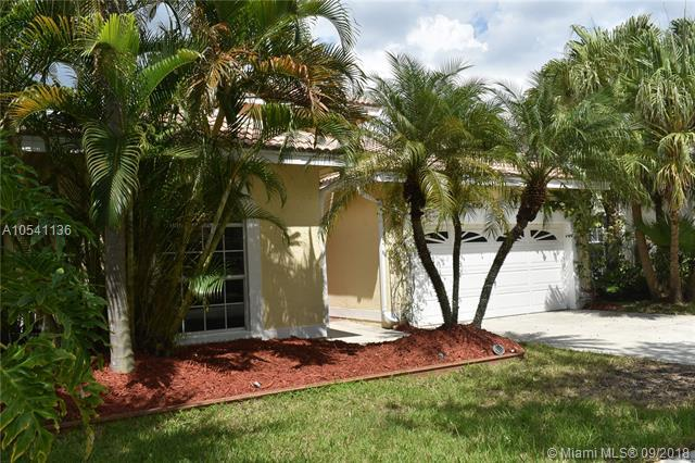 Pembroke Pines, FL 33029 :: Hergenrother Realty Group Miami
