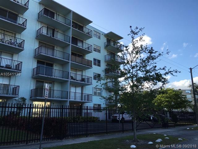 12500 NE 15th Ave #309, North Miami, FL 33161 (MLS #A10541138) :: Calibre International Realty