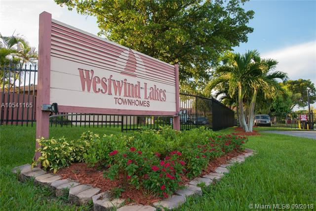 15355 SW 70th Ln #1, Miami, FL 33193 (MLS #A10541165) :: Hergenrother Realty Group Miami