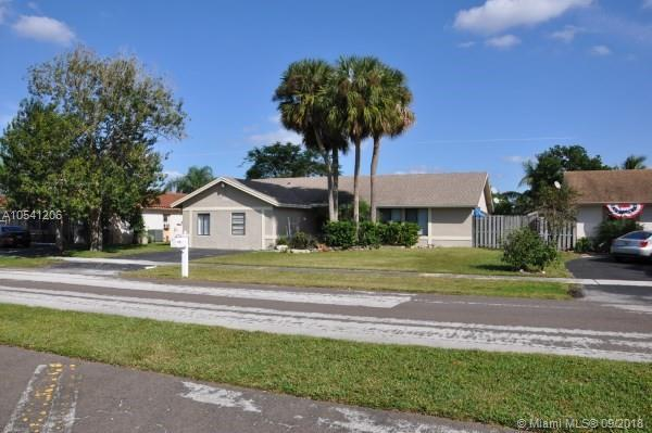 19686 Liberty Rd, Boca Raton, FL 33434 (MLS #A10541206) :: The Riley Smith Group