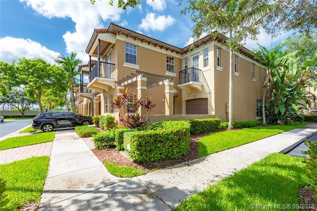 4411 Morgan Ln 5-7, Davie, FL 33328 (MLS #A10541334) :: Hergenrother Realty Group Miami