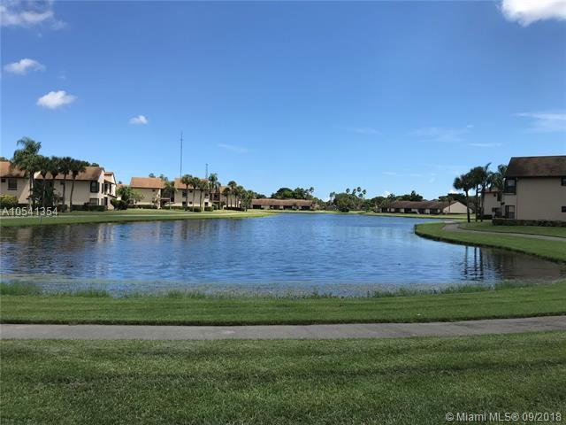 8601 W Boca Glades Blvd W 8601 B, Boca Raton, FL 33434 (MLS #A10541354) :: The Riley Smith Group