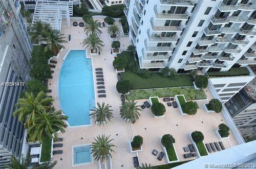 1050 Brickell Ave #2514, Miami, FL 33131 (MLS #A10541411) :: Hergenrother Realty Group Miami