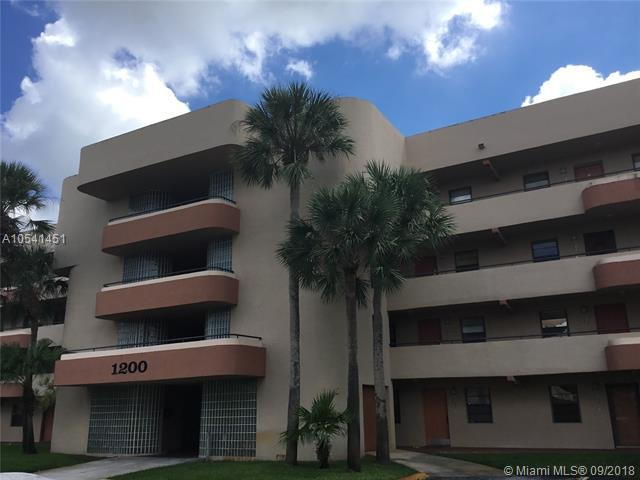 1200 NW 80th Ave 206A, Margate, FL 33063 (MLS #A10541451) :: Hergenrother Realty Group Miami