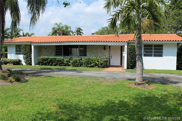 8646 Old Cutler Rd., Coral Gables, FL 33143 (MLS #A10541536) :: Calibre International Realty
