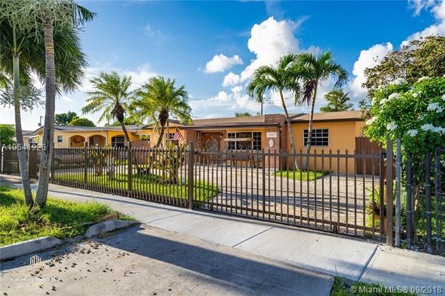 11239 SW 6th St, Sweetwater, FL 33174 (MLS #A10541926) :: Hergenrother Realty Group Miami
