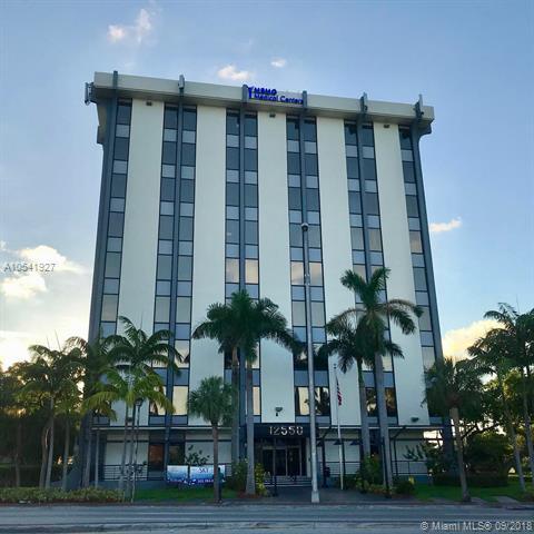 12550 Biscayne Blvd #206, North Miami, FL 33181 (MLS #A10541927) :: Calibre International Realty