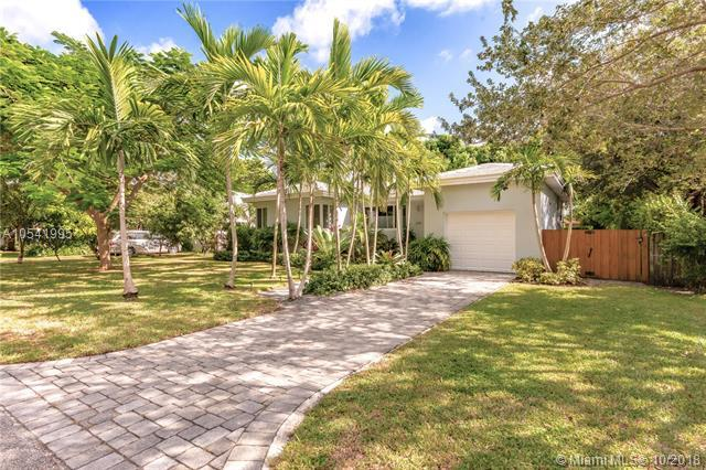 878 NE 91st Ter, Miami Shores, FL 33138 (MLS #A10541995) :: Hergenrother Realty Group Miami