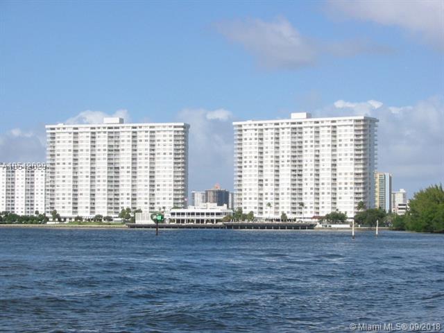 300 Bayview Dr #1804, Sunny Isles Beach, FL 33160 (MLS #A10542029) :: Calibre International Realty