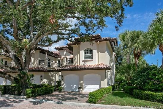 36 Marina Gardens Dri Ve #36, Palm Beach Gardens, FL 33410 (MLS #A10542053) :: Green Realty Properties