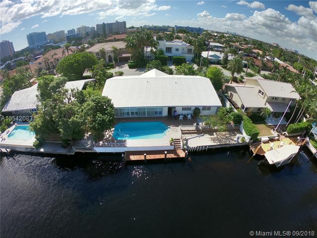 2815 NE 36th St, Fort Lauderdale, FL 33308 (MLS #A10542083) :: The Teri Arbogast Team at Keller Williams Partners SW