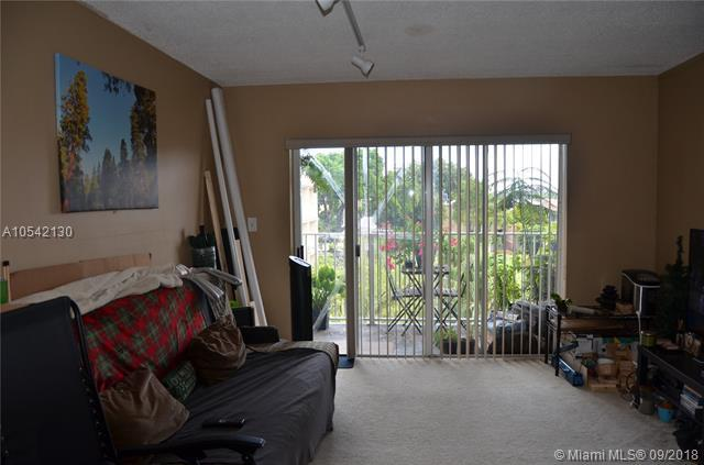 5020 NW 79th Ave #302, Doral, FL 33166 (MLS #A10542130) :: Calibre International Realty