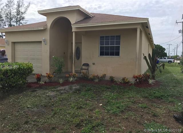 186 SW 5th St, Deerfield Beach, FL 33441 (MLS #A10542390) :: Green Realty Properties
