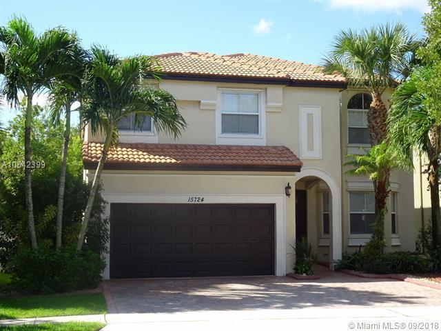 15724 SW 53rd Ct, Miramar, FL 33027 (MLS #A10542399) :: Green Realty Properties