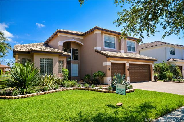 18579 SW 50th Ct, Miramar, FL 33029 (MLS #A10542491) :: Green Realty Properties