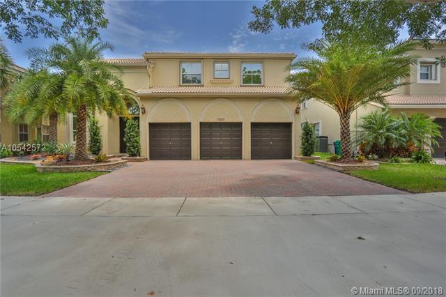 15831 SW 51, Miramar, FL 33027 (MLS #A10542572) :: Green Realty Properties