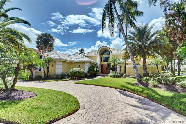 560 SW Bay Pointe Cir, Palm City, FL 34990 (MLS #A10542616) :: The Riley Smith Group