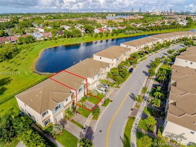 335 NE 194th Ln #0, Miami, FL 33179 (MLS #A10542754) :: The Riley Smith Group
