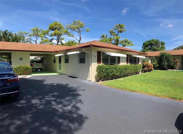 518 Sandpiper Cir, Delray Beach, FL 33445 (MLS #A10542940) :: Green Realty Properties