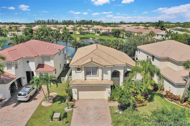 4562 SW 131st Ter, Miramar, FL 33027 (MLS #A10543524) :: Green Realty Properties