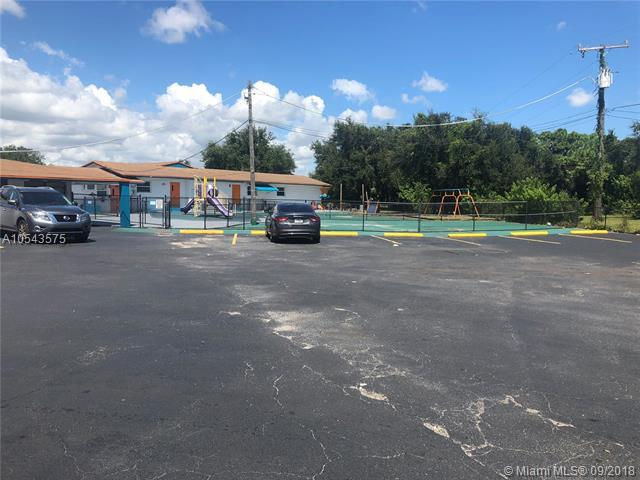 1455 NW 183rd St, Miami Gardens, FL 33169 (MLS #A10543575) :: Green Realty Properties
