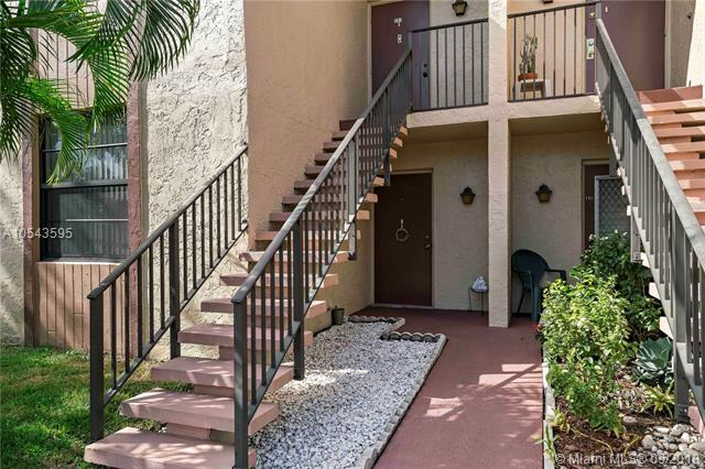 7355 NW 18th St #101, Margate, FL 33063 (MLS #A10543595) :: Green Realty Properties