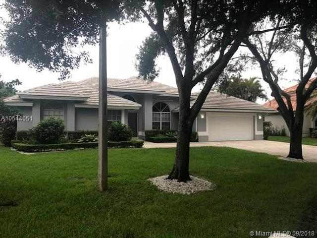4233 NW 62nd Ave, Coral Springs, FL 33067 (MLS #A10544051) :: Green Realty Properties