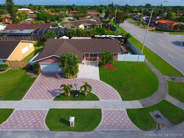 13201 SW 46th St, Miami, FL 33175 (MLS #A10544293) :: Green Realty Properties