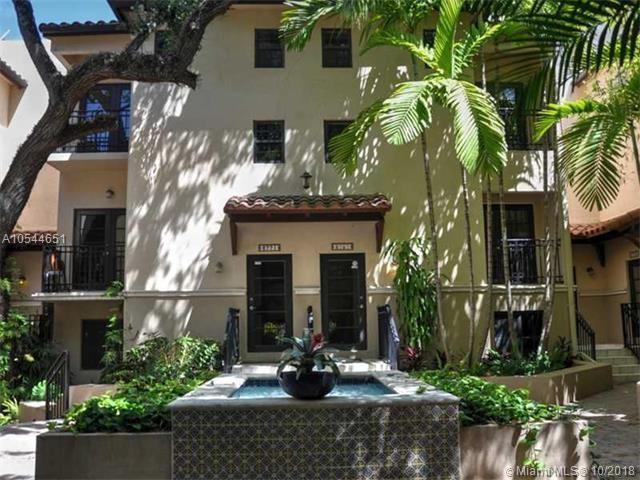 2767 NE Coconut Ave #2767, Miami, FL 33133 (MLS #A10544651) :: The Teri Arbogast Team at Keller Williams Partners SW