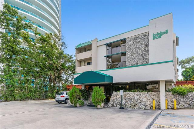 2201 Brickell Ave #24, Miami, FL 33129 (MLS #A10545045) :: The Riley Smith Group