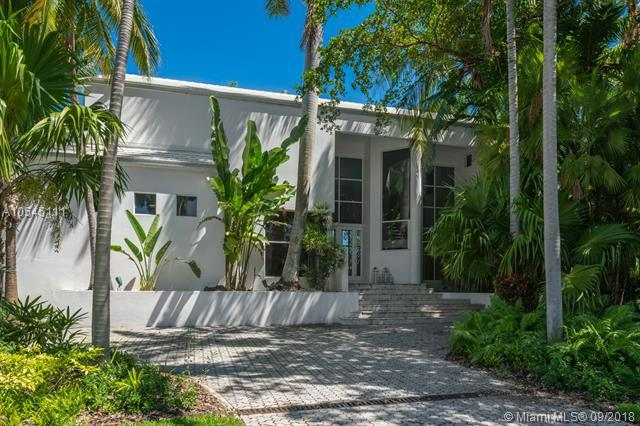245 Costanera Rd, Coral Gables, FL 33143 (MLS #A10545111) :: The Adrian Foley Group