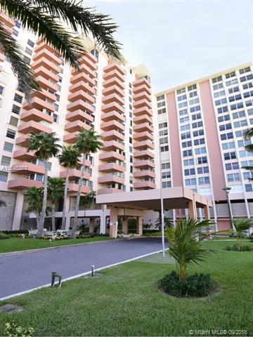 2899 Collins Ave #721, Miami Beach, FL 33140 (MLS #A10545383) :: The Jack Coden Group