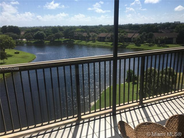 1266 S Military Trl #575, Deerfield Beach, FL 33442 (MLS #A10545389) :: Miami Villa Team