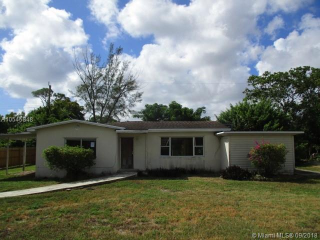 4704 Myrtle Dr, Lake Worth, FL 33463 (MLS #A10545848) :: The Riley Smith Group