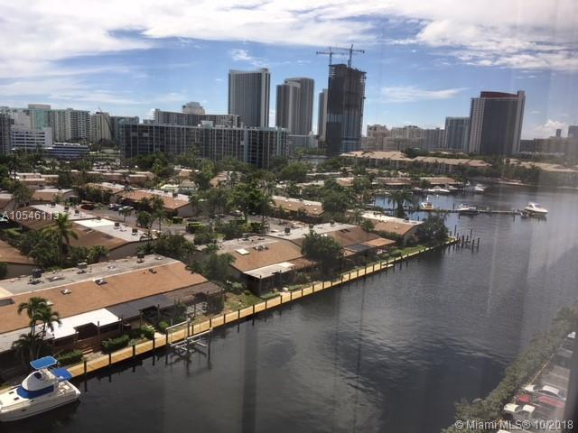 2500 Parkview Dr #1006, Hallandale, FL 33009 (MLS #A10546113) :: Green Realty Properties