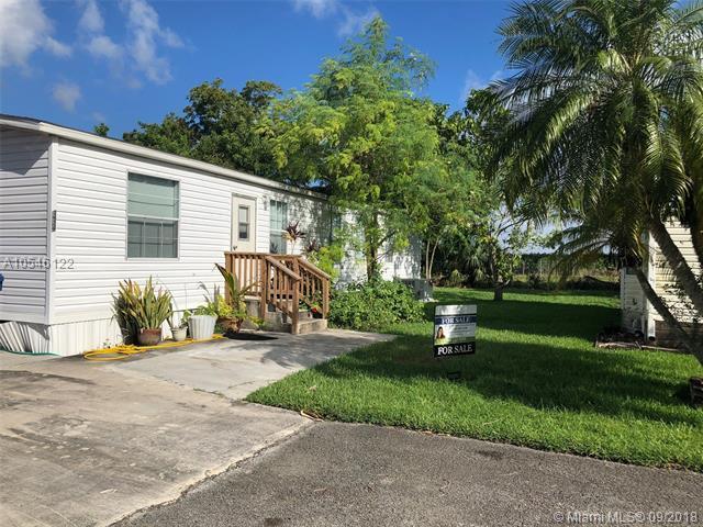 19800 SW 180 AV, Miami, FL 33187 (MLS #A10546122) :: Prestige Realty Group